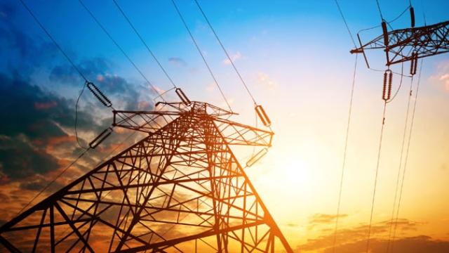 Elektrik Hatt� Bak�mlar� Enerji Kesilmeden Yap�lacak